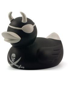 black_rubber_pirate_duck